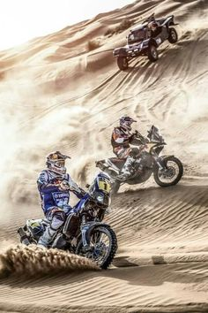 Dakar These riders are hard core. Would love to take my boys to something like this Moto Enduro, Enduro Motocross, Moto Bike, Tracker Motorcycle, Girl Motorcycle, Motorcycle Quotes, Offroad, Rallye Paris Dakar, Rallye Raid