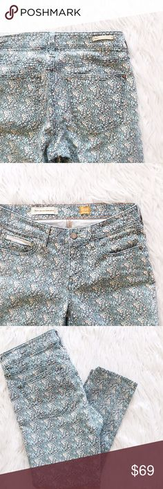 """• Anthropologie • Blue Floral Jeans \\ 14"""" waist  \\ 8.5"""" rise  \\ 25"""" inseam Anthropologie Jeans Skinny"""