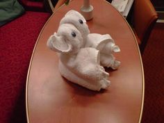 Towel Origami, Towel Animals, Towel Crafts, Decorative Towels, Unusual Animals, Napkin Folding, Gremlins, Washing Clothes, Projects To Try