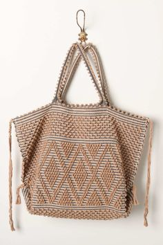 Intertwined Traditions Tote, Neutral. I want to go to the beach!