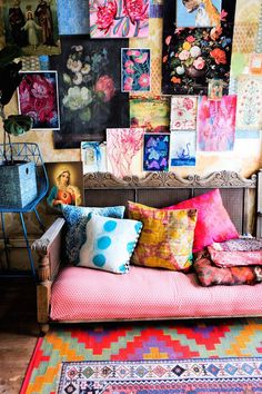An Eclectic Artist's Home In This World. This is a very good idea. Think how it would be if your reading room was such.  #Home&Decor #ArtPainting #ArtHomeDecor #WallArtPaints #WallDecor #HomeDecor