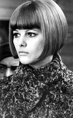 Peinados de iconos de belleza que han marcado una época: el corte de pelo de Claudia Cardinale