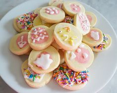 I LOVE these simple Easter cookies. The kids loved seeing the Easter chick magically appear on every single cookie. #Easter