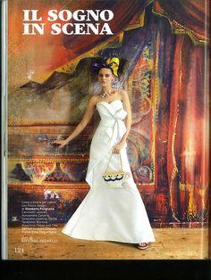 Vogue Sposa - marzo 2013 >> Linea a sirena per l'abito con fiocco design di #ElisabettaPolignano