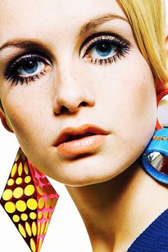 #ThrowbackThursday Today we are throwing back to the queen of the cut crease in the 60s, TWIGGY! Why not throwback with us and create your very own striking 60s cut crease makeup this week.