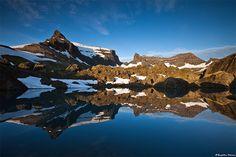Dyrfjoll, Fjords de l'est