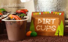 These dirt cups are so cute and so easy to make #pudding #woodland #dirt
