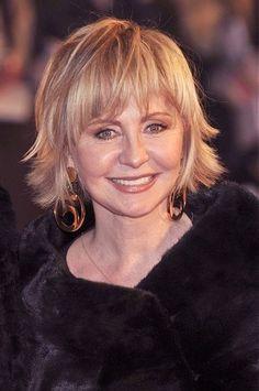 Celebrity Hairstyles medium blonde Hairstyles