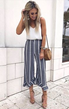 Summer Outfits 2019 37 casual summer work outfits for professionals 2019 Summer Outfits Here is Summer Outfits 2019 for you. Summer Outfits 2019 top 5 summer fashion trends of 2019 for your stunning style. Casual Work Outfit Summer, Casual Winter Outfits, Work Casual, Spring Outfits, Summer Work Dresses, Summer Wear, Summer Pants Outfits, Casual Office, Business Casual