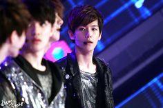 12.05.02 Arirang-TV Simply K-pop EXO-K 'MAMA' (Cr: drug store: http://baekhyun.kr)
