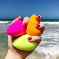 variedad de colores en #Beautyblender #Makeup #Maquillaje #Beach #Professional