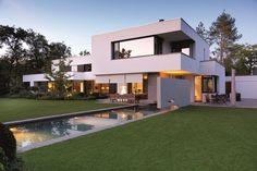 A Classic Bauhaus Villa in Munich