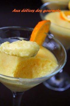 La mousse à l' orange fait partie de mes desserts préférés. Voici une version crémeuse et bien légère. La préparation de la mou...