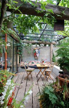 Mélange structure en bois de recup - verrière moderne