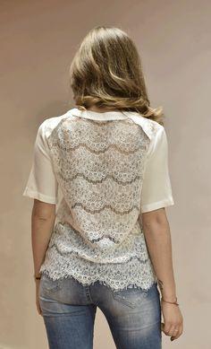 Le dressing de Carla • La dentelle, la dentelle, la dentelle !   We love it ! #outfit #outfitoftheday #mondaymood #tendance #mode #carlaraffi