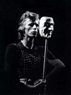David bowie / 1974 ...