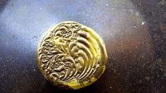 Brooch Swirl Pattern Disc £6.00