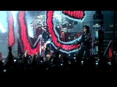 Alice Cooper - Intro/School's Out, Portland, Maine 10/1 **I take no credit for this video** Attended with friend and my son. Rob Zombie performed with Alice Cooper.