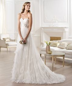 Pronovias presents the Orera wedding dress. Fashion 2014. | Pronovias