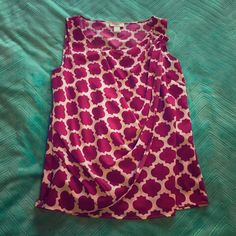 Pink Sleeveless Blouse Size S (fits more like a M) sleeveless pink printed blouse with an overlay gathering at the left shoulder - 100% polyester - perfect for spring/summer work or play - only worn once LOFT Tops Tank Tops