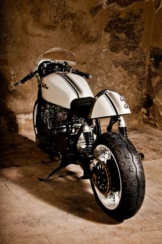 """Mellow Motorcycles """"Babo45"""" Classic Racer"""