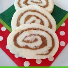 I love this Peanut Butter Roll Recipe! It is our favorite to make for Christmas. My Dad doesn't eat chocolate so this is his favorite sweet treat for the holidays. Some people call it Peanut Butter Candy Recipe, Peanut Butter Popcorn, Peanut Butter Recipes, Recipe For Peanut Butter Roll, Candy Recipes, Holiday Recipes, Holiday Foods, Christmas Recipes