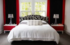 Merveilleux Annnnd White Lights Between Fabric With Red And Black Comforter And Black  Furniture And Red/black Pic Frames And Red Decorations