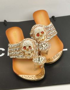 SKULL BLING SANDALS in DivaLicious Boutique