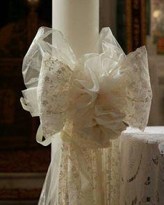 Λαμπάδα γάμου! Χειροποιητος στολισμός με δαντέλα και μετάξι! Ιδανική Επιλογή για έναν ρομαντικό γάμο! Σε εμάς θα βρείτε λύσεις και δημιουργίες με βάση αυτο που ψάχνετε για τον στολισμό την μπομπονιερα τα στέφανα και τκς λαμπάδες κλπ www.valentina-christina.gr