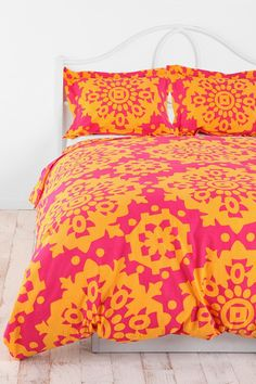 Paper Medallion Duvet Cover - Urban Outfitters