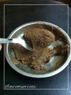 diy cinnamon face scrub - great for increasing circulation/rejuvenates - also wonderful for helping to prevent blackheads