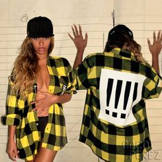 Beyoncé Puts An Insane Amount Of Cleavage On Display In Her Latest Topless Snap!