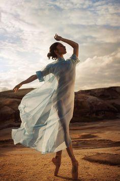 The Australian Ballet's Robyn Hendricks. Ballet Photography, Portrait Photography, Fashion Photography, Australian Ballet, Female Dancers, Dance Poses, Ballet Beautiful, Dance Pictures, Ballet Dancers