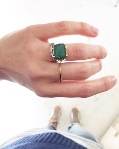 Heading into the weekend like ? and feeling gaga over this new JPJ emerald beauty. coming to the site soon! Cute Jewelry, Jewelry Shop, Jewelry Accessories, Fashion Accessories, Fashion Jewelry, Women Jewelry, Jewelry Design, Jewellery, Emerald Ring Vintage