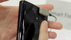 ¿Eres de los que les gusta la privacidad? Ya nadie leerá tus mensajes privados. Fujitsu presentó su teléfono inteligente Arrows V F-04E con seguridad biométrica: solo tus huellas digitales permiten desbloquearlo.