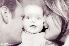 Cute 6 months old baby with mom and dad <3
