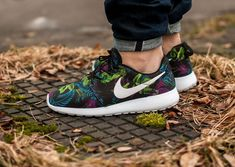pretty nice 17264 9e988 Nike Roshe One Print Floral Fuchsia Flash post image Basket Homme, Homme  Femme, Chaussure