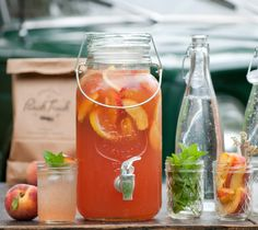 Sparkling Peach Sangria | The Peach Truck