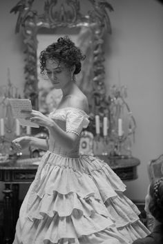 Keira Knightley reads a letter as Anna Karenina in the Imperial Russia, the aristocratic Anna Karenina travels to Moscow to save the marriage of her brother Prince Oblonsky, who had a love affair with his housemaid. Anna meets the. Keira Knightley, Keira Christina Knightley, Vestidos Vintage, Vintage Dresses, Ana Karenina, Anna Karenina Movie, Fairytale Dress, Dark Fairytale, Fairytale Fashion
