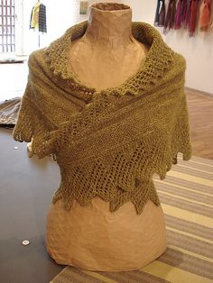 Ravelry, pattern by Mette Rørbech ~ free download