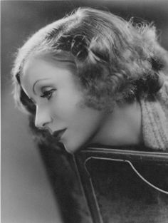 Greta Garbo, photo by Clarence Sinclair Bull, 1933