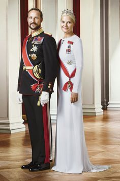 royalwatcher:  The Norwegian Royal Court released new photos of the Royal Family, 2016-Crown Prince Haakon and Crown Princess Mette-Marit