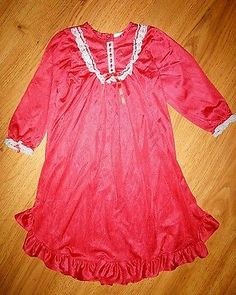 Girl's Laura Dare Red Silky Nylon Gown Nightgown Size 3T Christmas