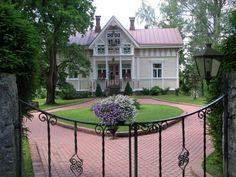Vanha talo kutsuu kulkijaa – Kotiliesi
