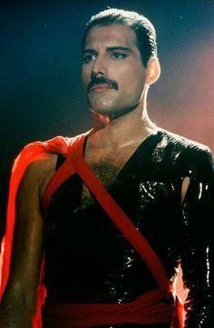 Freddie Mercury In Radio GaGa Music Video Queen Freddie Mercury, Stevie Nicks, Rock Bands, Rolling Stones, Freddie Mercuri, Roger Taylor, We Will Rock You, Somebody To Love, Brian May