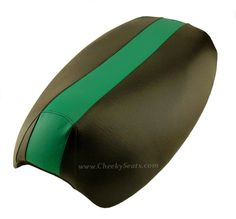 Green Racing Stripe Yamaha Vino 125 Scooter Seat Cover | Scooter Seat Covers