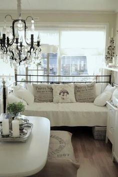ikea daybed on pinterest daybeds hemnes and ikea. Black Bedroom Furniture Sets. Home Design Ideas