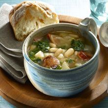 Caldo Gallego, or white bean soup, hails from Spain's Galicia region. The flavors of GOYA Chorizo and white beans meld to make a uniquely Spanish soup. The classic taste is instantly recognizable—spicy sausage infuses the traditional white bean soup recipe with a comforting tang.