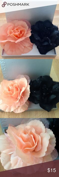 Nordstrom Hair Flowers Bundle of two elegant floral hair clips/pins from Nordstrom. These flowers will brighten up any outfit. Dress them up for a night out or dress them down for a boho look. 🌺 Nordstrom Accessories Hair Accessories