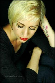 Lisa Fuller - Younique - Uplift. Empower. Motivate.  www.beyouniquebylisa.com